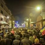 2017_02_01_0_1_foto-video-peste-5-000-de-protestatari-in-sibiu-cer-jos-guvernul-si-anticipate-alta-intrebare_39700