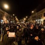 2017_02_01_0_1_video-peste-5-000-de-protestatari-in-sibiu-cer-jos-guvernul-si-anticipate-alta-intrebare_86634